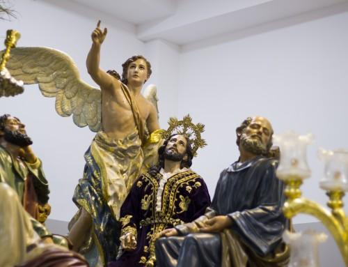 """Objeción: ¿Por qué los Católicos """"adoran"""" imágenes? ¿Por qué utilizan imágenes y estatuas, si ésas están prohibidas en la Biblia?"""